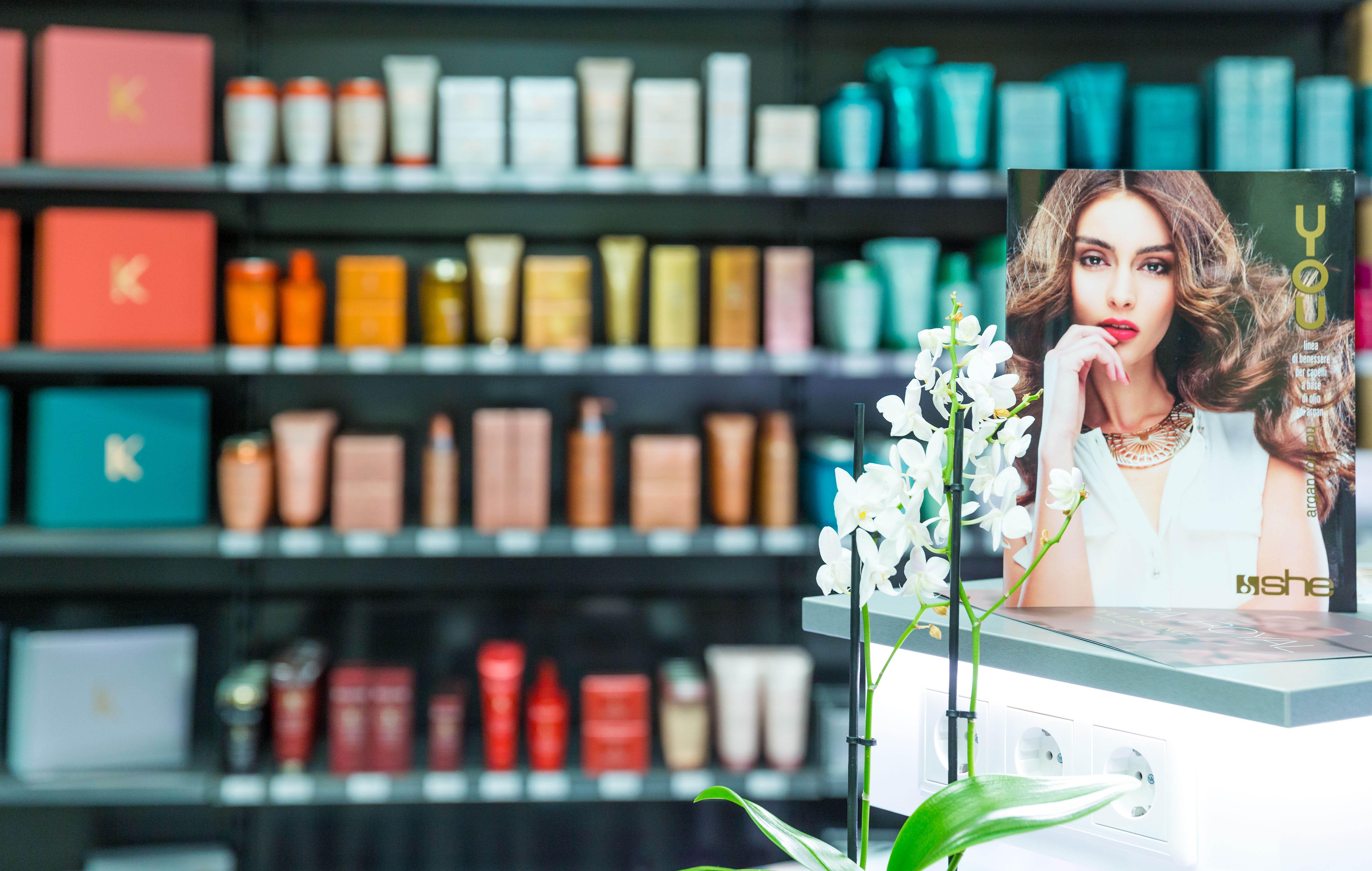 Öffnungszeiten Friseurbedarf BellAffair Beauty Lounge